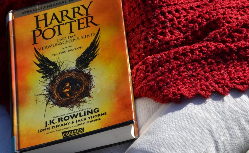 [REZENSION] Harry Potter and the Cursed Child – JACKTHORNE