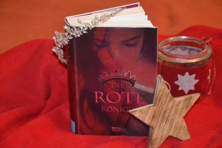 [Rezension] Die rote Königin (Die Farben des Blutes Band 1) – VictoriaAveyard